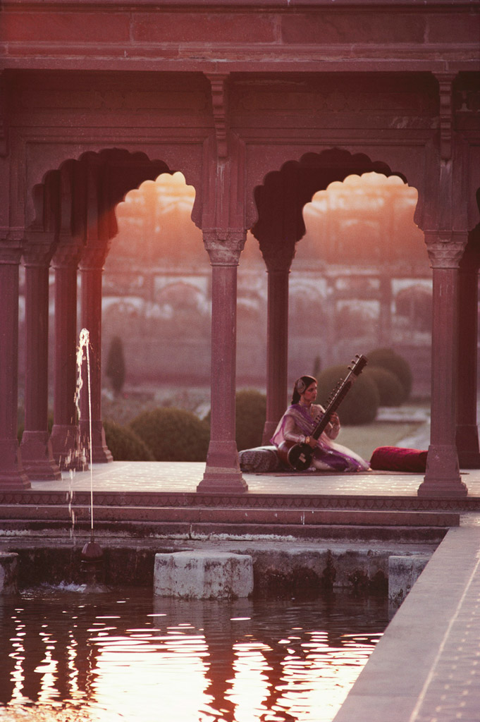 7-Playing-Sitar-in-the-Shalimar-Gardens_-Lahore_-Pakistan_-1981