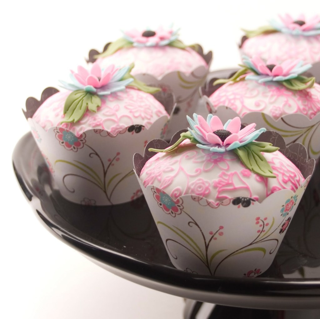 pink_green_and_blue_floral_cupcakes